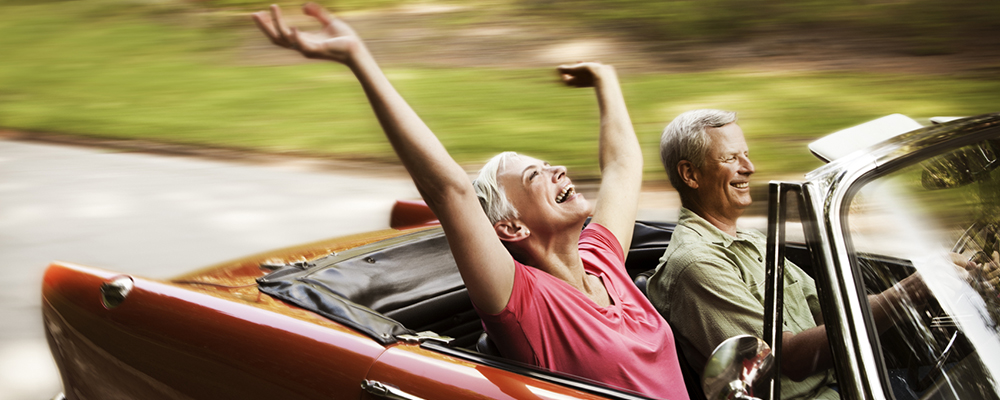 Happy-Senior-Couple-Going-For-a-Drive_slider