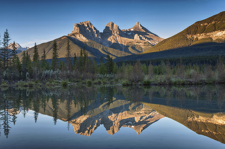 Three-Sisters-reflection751X500